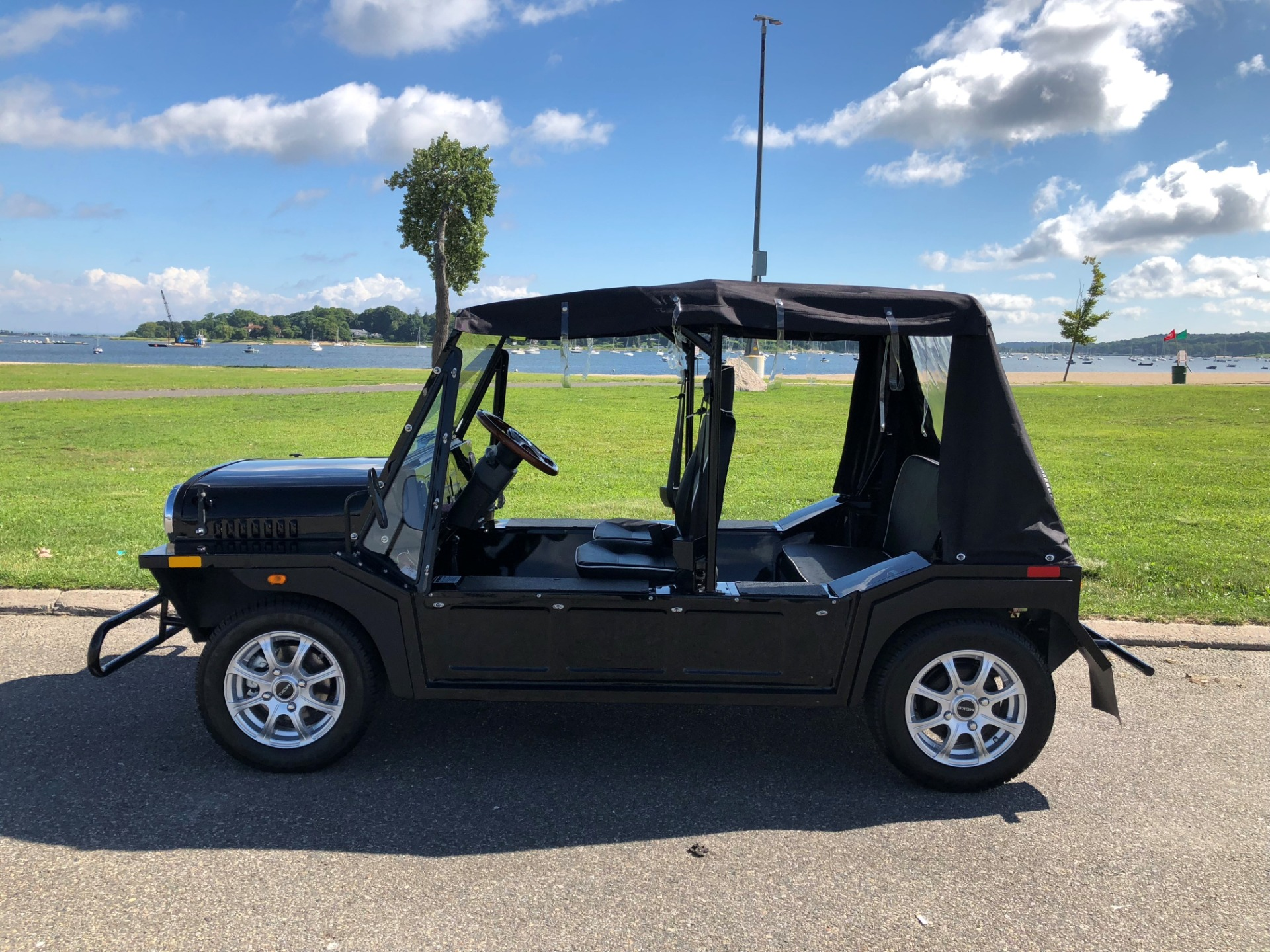 New 2018 MOKE DELUXE BLACK | Oyster Bay, NY