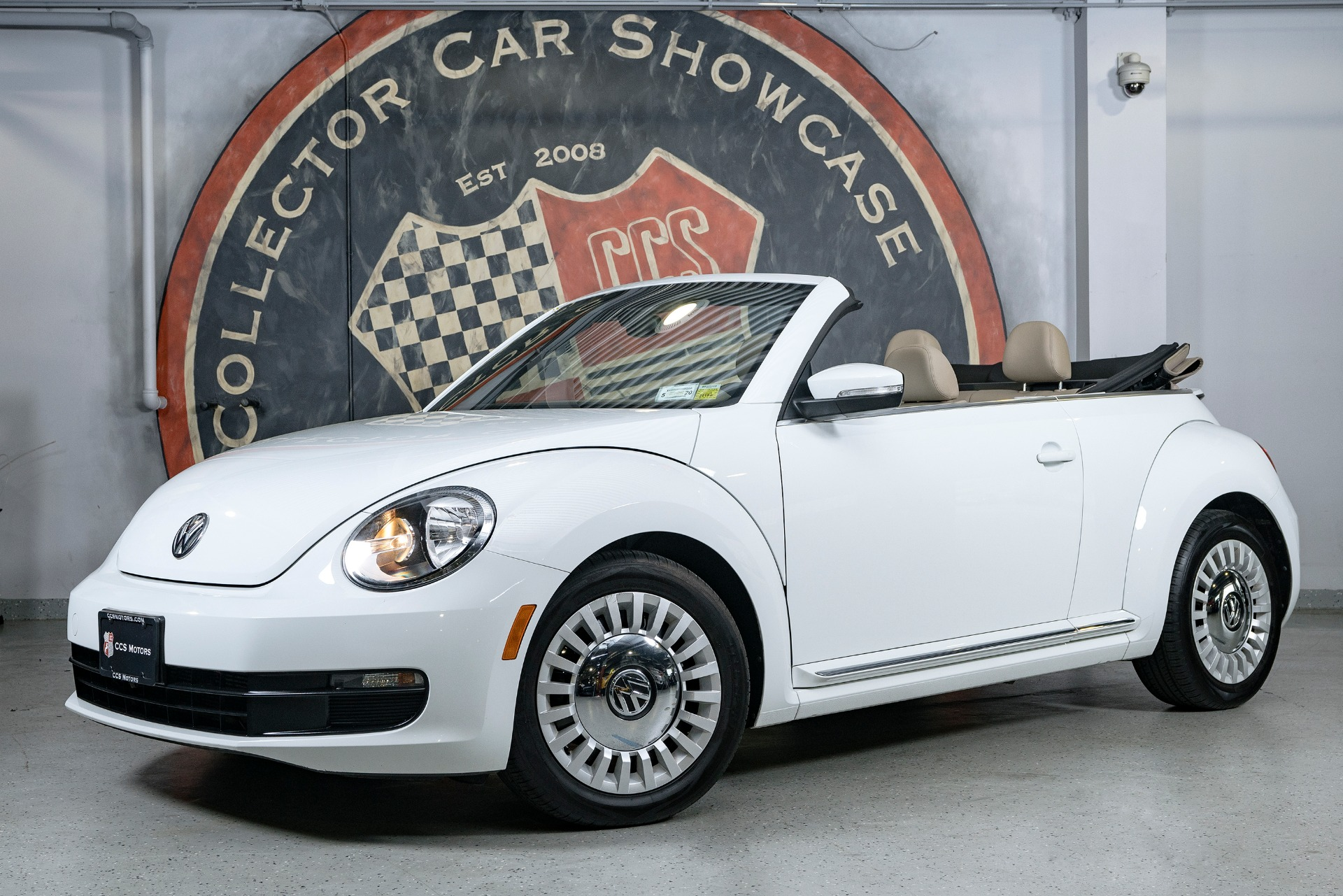 Used 2015 Volkswagen Beetle 1.8T PZEV | Oyster Bay, NY