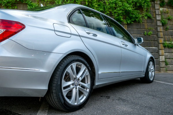 Used-2012-Mercedes-Benz-C-CLASS-C-300-Luxury-4MATIC