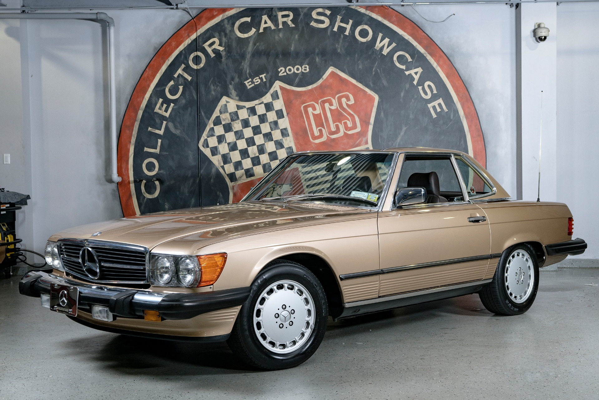 Used 1987 Mercedes-Benz 560SL ROADSTER | Oyster Bay, NY
