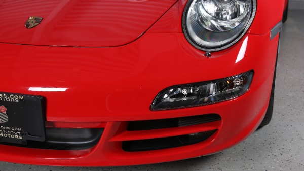 Used-2005-Porsche-911-Carrera-Coupe